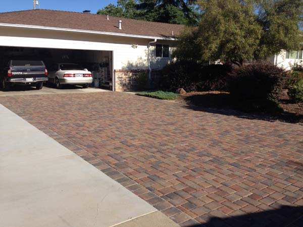 Design Ideas For Your Driveway Pavers
