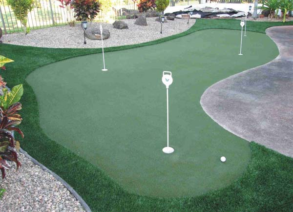 Synthetic Grass and Turf Putting