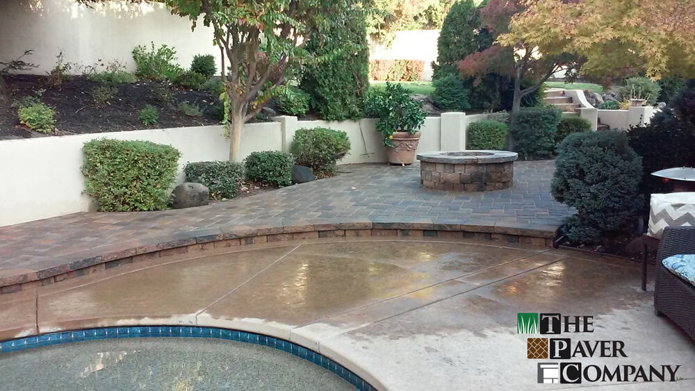 Belgard Cambridge Cobble Paver Stone Poolside and Fire Pit